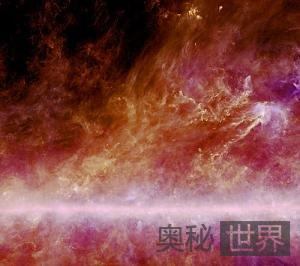 天文学家发现穿越银河系的丝状冷灰尘团