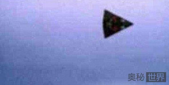 英国频繁出现三角形UFO