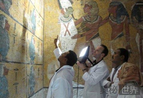 埃及法老图坦卡蒙的墓穴腐烂之谜