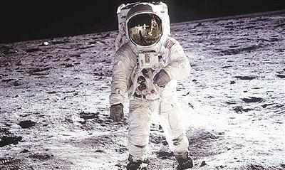 月球上的奇响